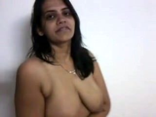 Indian House Wife Shyna Bhabi