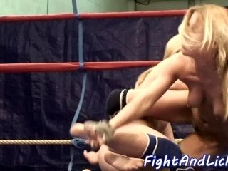 Pussylicking Babes Wrestle In A Boxing Ring (4)