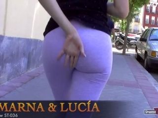 Cameltoes 2 chicas 2