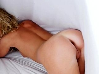 Erotic nude solo with slim Elyse Jean (2)