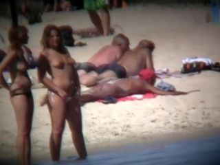 These Girls Get Naked While Voyeur Camera Working