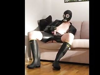Wellies Rubber and CUM (2)