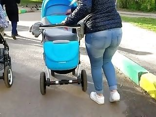 Young Mom's Big Fat Ass