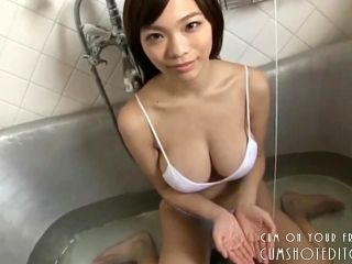 Busty Young Japanese Teen Taking A Bath (6)