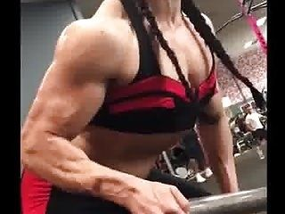Muscle     Hot Sexy  Lady