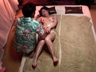 Subtitled Japanese massage clinic busty woman oil treatment (2)