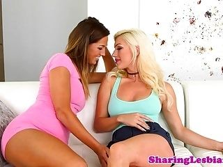 Gorgeous Girlfriend Sixtynines In Sensual Duo (4)