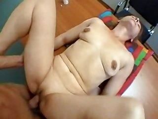 SKINNY SMALL TITS MATURE YOUNG BOY TABLE SEX (2)
