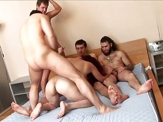 42 Jr anale Gangbang Jan
