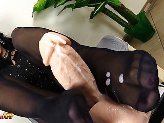 Footjob in black pantyhose by Mistress Alexya (3)