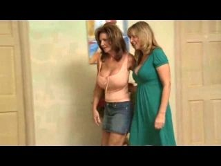 Jodi West & Deauxma Have A Lesbo Meeting