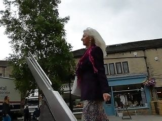 Classy 70 Year Old Dressed To Turn Heads 2