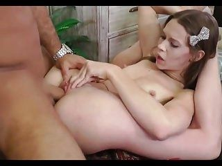 Flexible Babe Nailed & Mouthful Of Cum