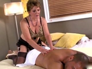 Granny Gives A Massage (2)