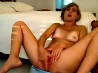 Solo Model Masturbates With Her Kitchen Faucet