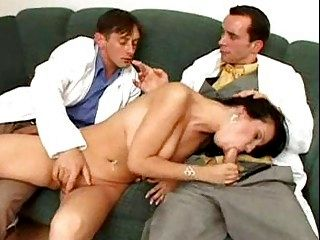 Doctors in Threesome Filthiness