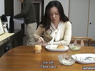 Mom Sucking Her Son's Hard Cock For His Sperm