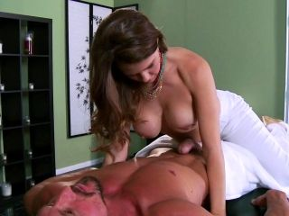 Allison Moore makes a hot sex massage for Tommy Gunn