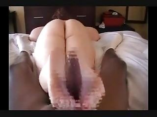 Oily PAWG Footjob