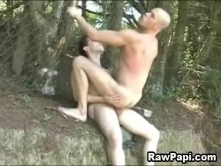 Awesome Outdoor Latino Hardcore Anal Sex (2)