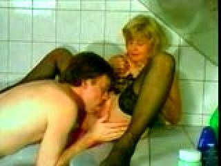 Sex mit 70 yo [Deutsch Oma Granny Senior]