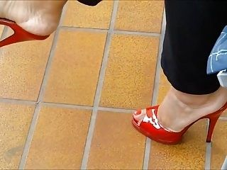 Red Mules In Kitchen (3)