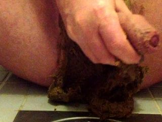 New shit wank and cum 1.mov  New Scat Videos