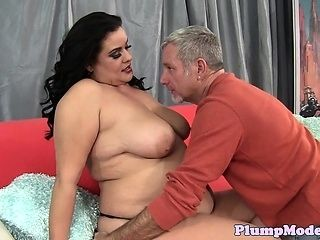 Chubby Plumper Fucked In Many Positions (2)