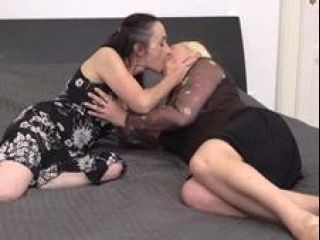 Old Mom Licking Out Her Mature Daughter