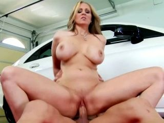 Julia Ann Ass Johnny Castle In Seduced By A Cougar