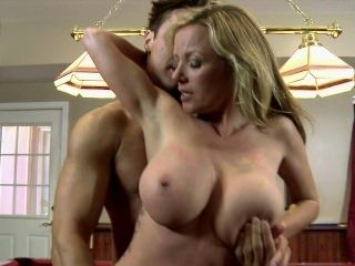 Julie K Smith in Hypnotika (2)