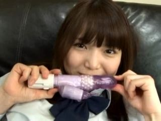 Megumi Shino toys her pussy and gives a blowjob
