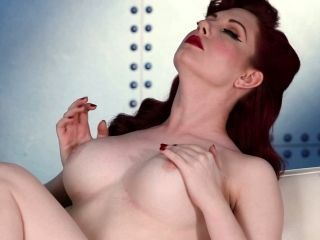 Pin Up Redhead Stunner Angela Ryan Celebrating Her Americanism in Solo
