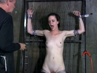 Electro Bdsm Sub Dominated By Master (3)