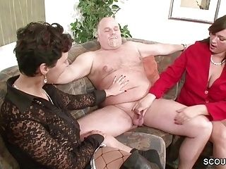 German MILF Show Couple to Fuck Good in Threesome (3)