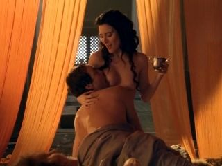 Spartacus Gods of the Arena E03 Paterfamilias Lucy Lawless and Jaime Murray (2)