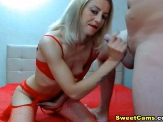 Blowjob and Pussy Fucking of Horny Couple on Cam (7)