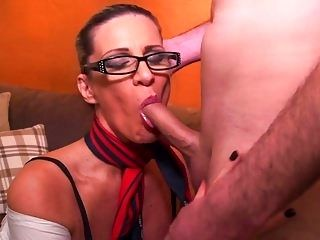 Mature Sexy Mom Suck And Fuck Young Dick