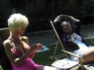 French Threesome with two blonde matures and an old guy (2)
