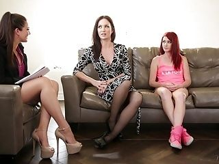 Family Therapist Plays With Mom And Stepdaughter