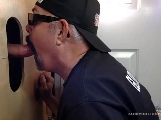 Big Dick Daddy Gets Blown At The Gloryhole (2)