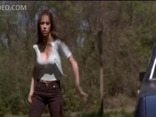 Sexy Babe Jennifer Love Hewitt Almost Shits Her Pants