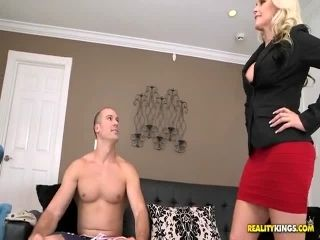 Alena Croft Penetrate The Pussy