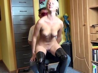 Blonde Alpha Bitch In Fuck-Me Boots