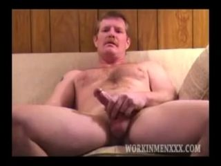 Homemade Video of Mature Amateur Reggie Jacking Off