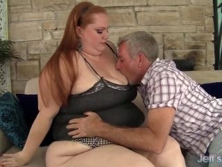 Plumper queen Julie Ann More gets her pussy pounded hard (2)