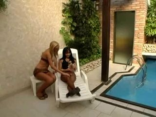 Tranny And Girl Poolside Pleasure