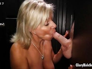 Milf That Know How To Suck Are Sucking In A Gloryhole (2)