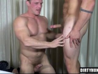 Muscle Gays Anal Sex With Cumshot (4)