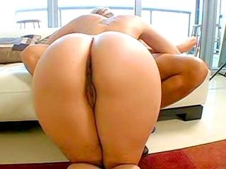 Delilah Loves Ass to Mouth (4)